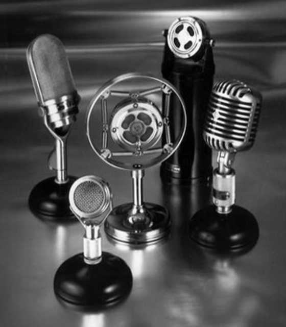 Shure Classic Microphones Medley, 1930s